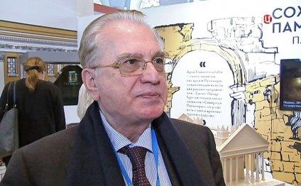 Директор Эрмитажа Михаил