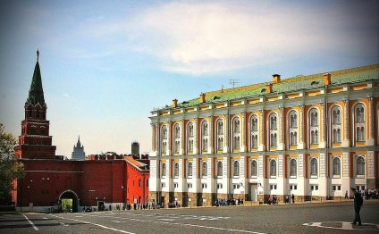 Кремль ( территория + 1 собор)